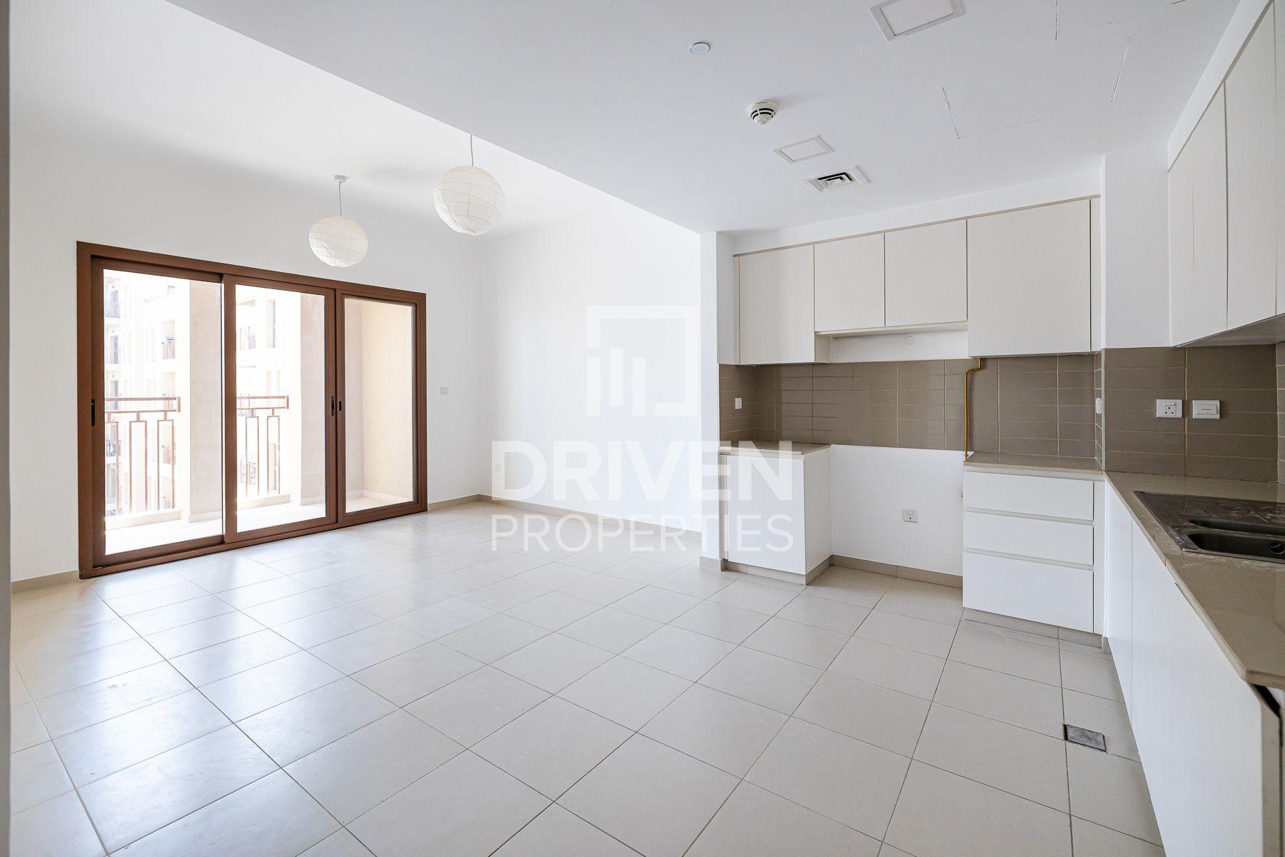 1,015 قدم مربع  شقة - للايجار - تاون سكوار