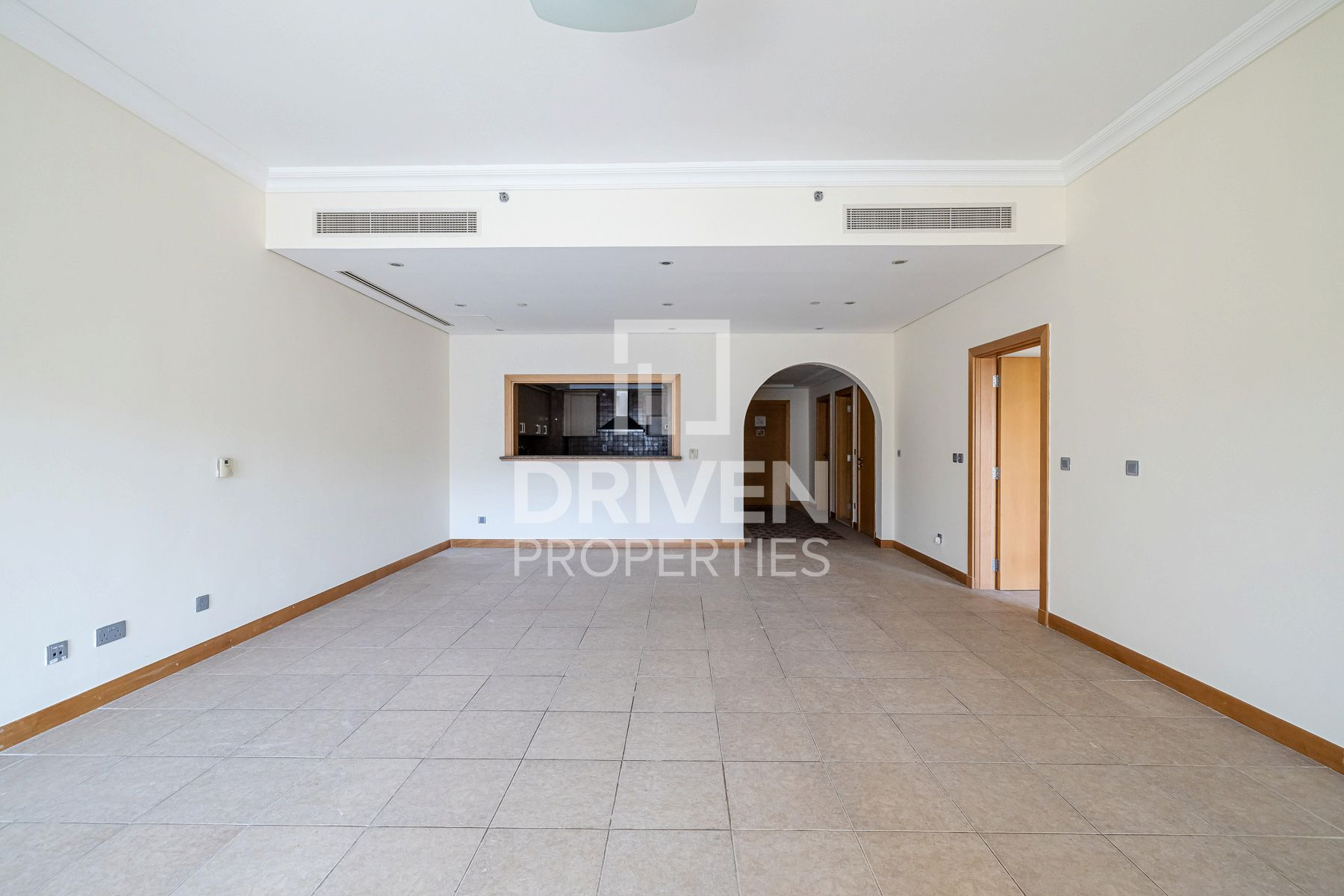 Spacious Apt with Garden View and F Type