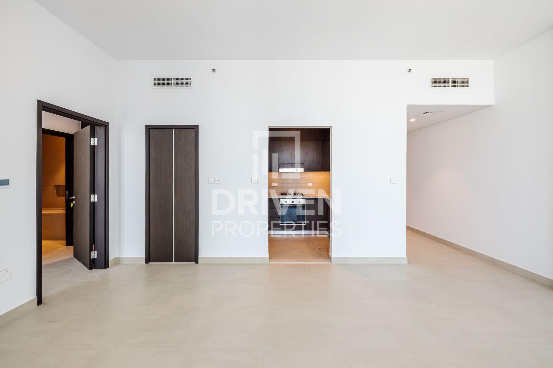 883 قدم مربع  شقة - للايجار - دبي وسط المدينة