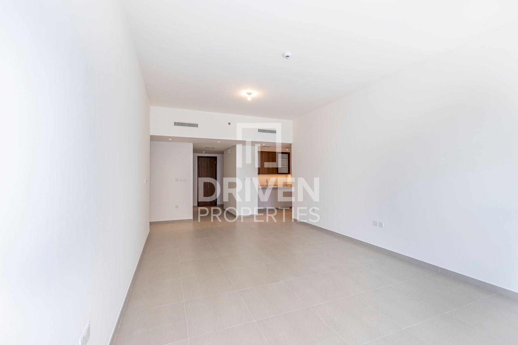 1,370 قدم مربع  شقة - للبيع - دبي وسط المدينة