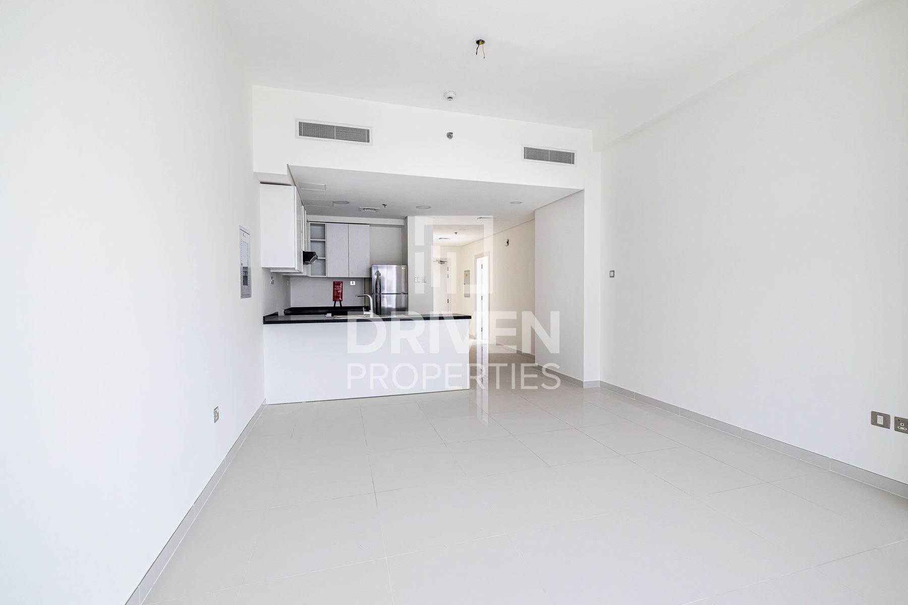 931 قدم مربع  شقة - للبيع - داماك هيلز (أكويا باي داماك)